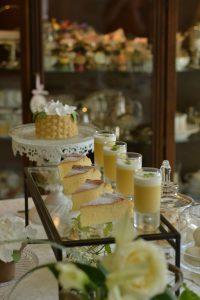 シュガーケーキ フラワーバスケットケーキ サーモンとクリームチーズのサンドイッチ 初夏のパーティー チーズケーキ マンゴームース